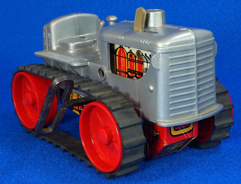 RD9481 Vintage Marx Toy Diesel Tractor Wind Up DSC06242