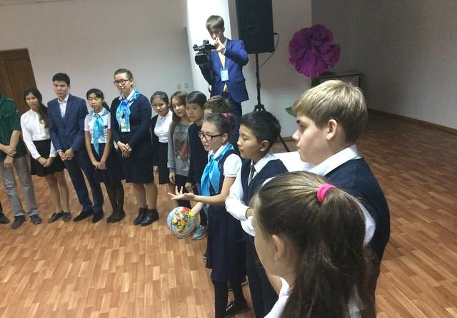 Kazakhstan-2016-09-23-International Day of Peace Observed in Kazakhstan