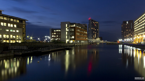 longexposure liverpool reflections historic nighttimephotography theliverpoolwaterfront theprincesdock