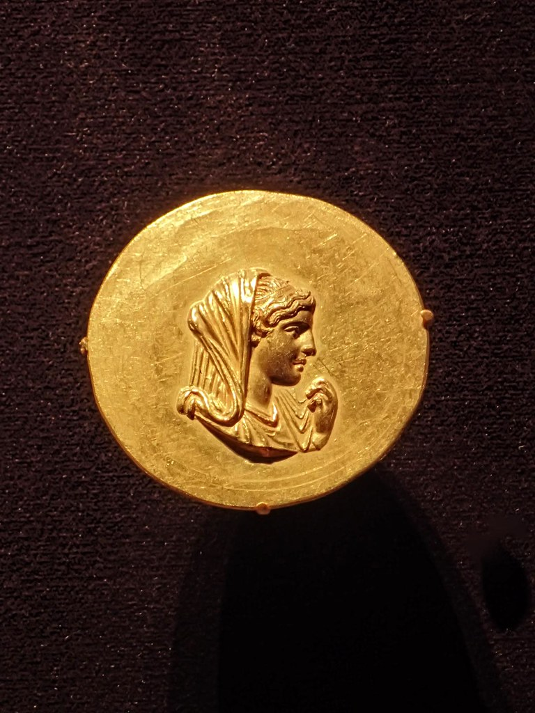 Gold Medallion with a portrait of Olympias, mother of Alexander the Great, Roman (Aboukir, Egypt) 242-243 CE