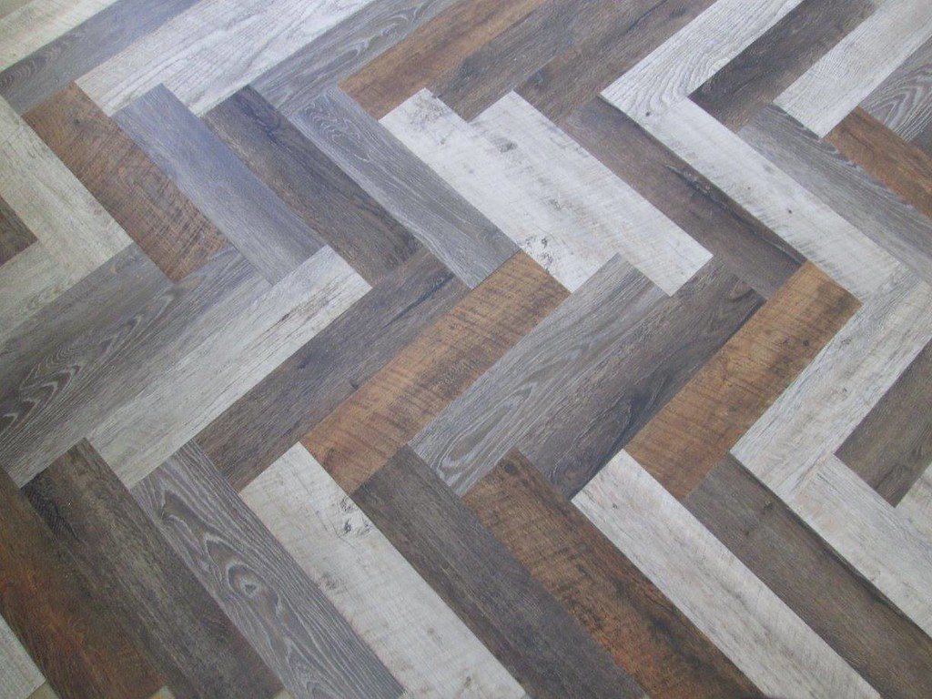Hardwood Flooring vs. Competitors - Which Should I Choose? 3