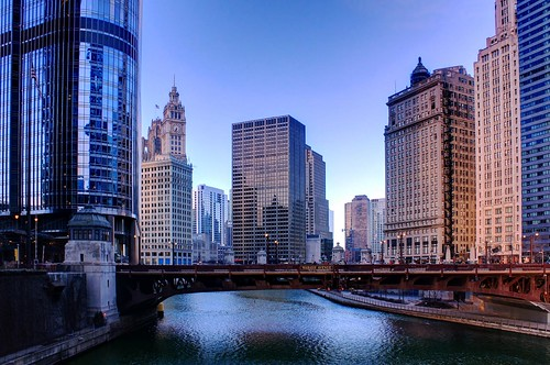 morning bridge chicago architecture sunrise river illinois loop theloop wrigleybuilding chicagoriver wabashavenue