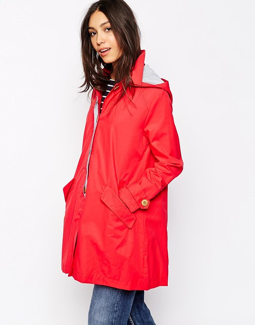quiet common Raincoat.....