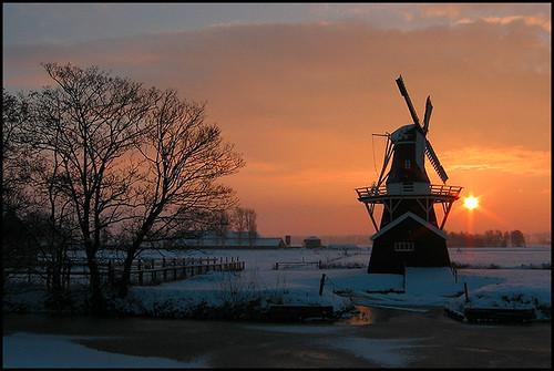 sunset molen mill dutchmill dutchlight hollandslicht geotagged geotag outdoor thenetherlands light licht dutchphoto lucht sky dutch dutchlandscape hollandslandschap landscape landschap