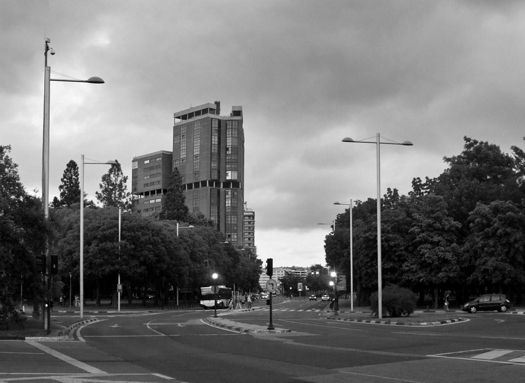 Edificio singular pamplona sen n s c flickr - Edificio singular pamplona ...