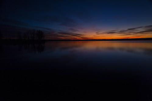 sunrise dawn daybreak sky morning landscape seascape clouds reflections lakechatfield chatfieldlakestatepark colorado autumn fall longexposure le