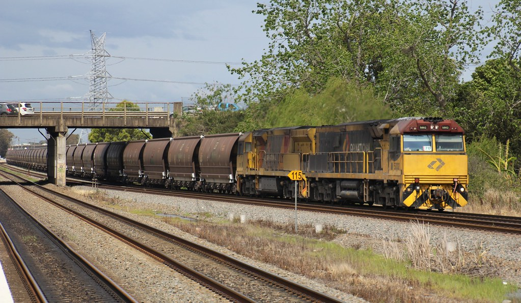 5002 and 5021 have just departed Aurizon's Hexham yard with MR977 coal train by bukk05