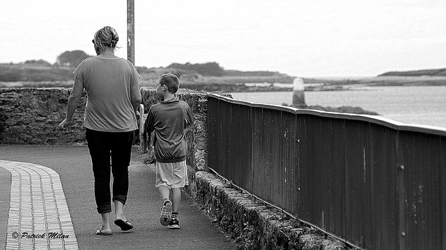 Walk by the sea Sony