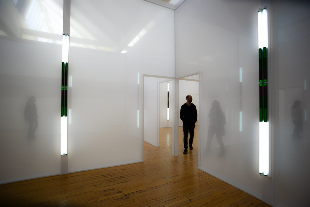 Dia:Beacon, Robert Irwin, Excursus: Homage to the Square