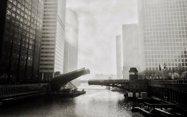 Monroe Drawbridge over the Chicago River