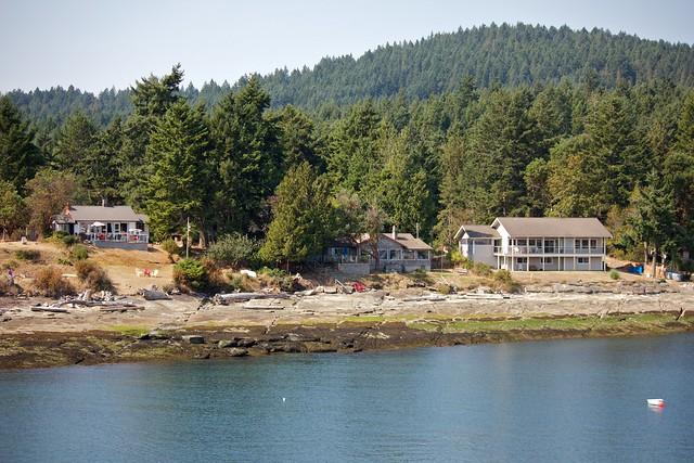 Beachfront Sturdies Bay