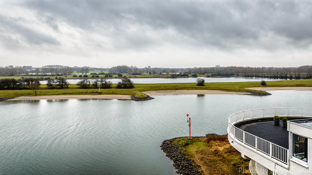 Uitzicht over de Nederrijn bij Arnhem