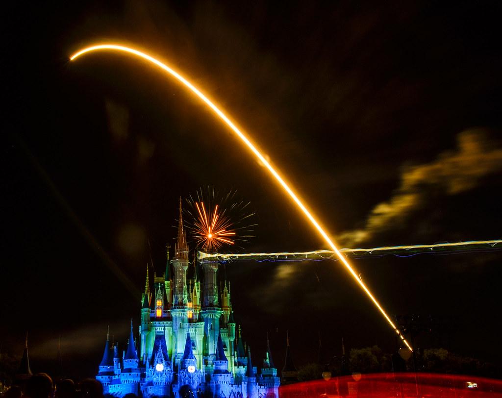 Fireworks red streak