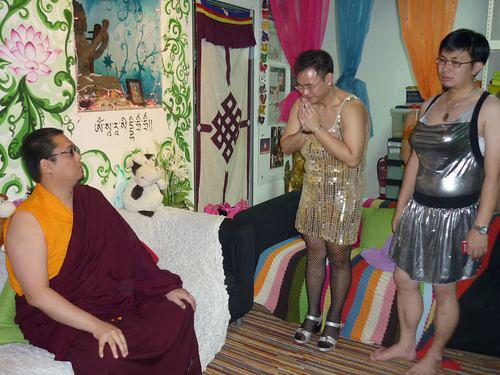 Tsem and Shugden cult devotees