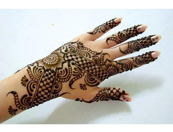Stunning Mehndi Designs gallery