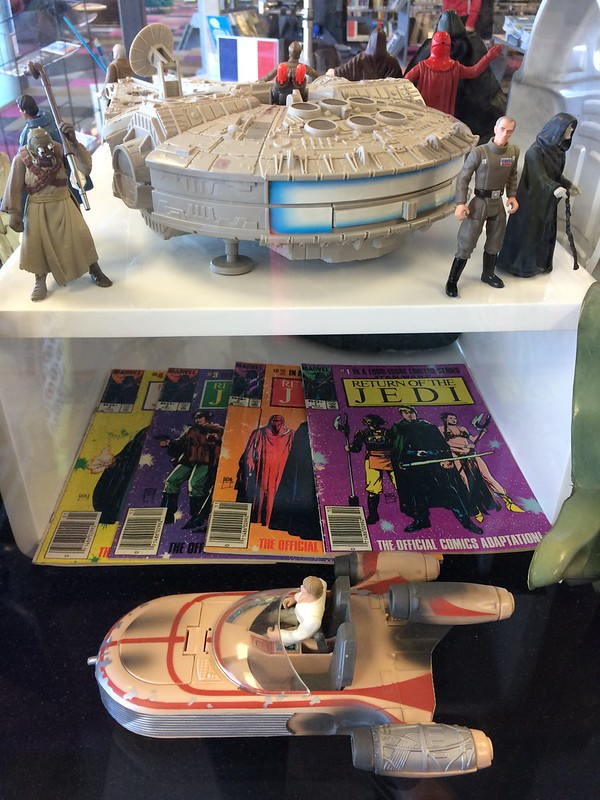 Comics, landspeeder and Millennium Falcon