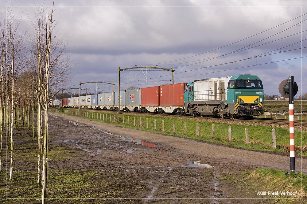 RTB V205   trein 42961   Heukelom   29-03-2009