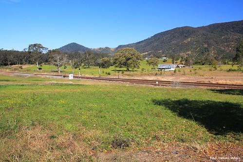 australia nsw railwayline midnorthcoast mtgeorge manningvalley 282015 midnorthcoastrailwayline kimbiki