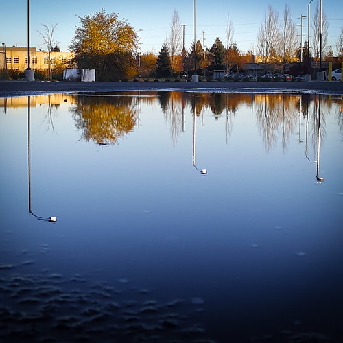 parkinglot reflections urbex building office industrial suburbia suburbex suburban urbanexploration rosesmith