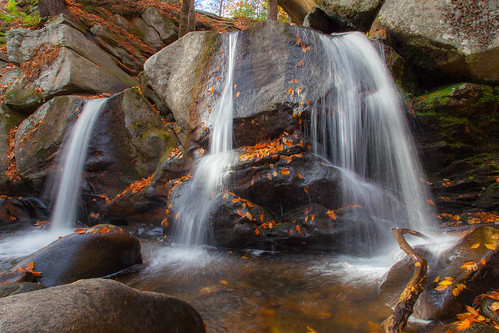 willardbrook trapfalls ashbyma fall autumn newengland canon5dmarkii flow