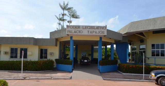 Em nota, Câmara diz que ainda não foi notificada sobre condenação de Mano Dadai, Câmara de Vereadores de Santarém. Foto: Márcio Dezincourt