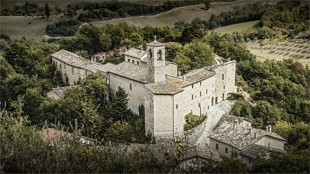 _DSC3274 Castello di Croce (Caldarola) Marche / Italia