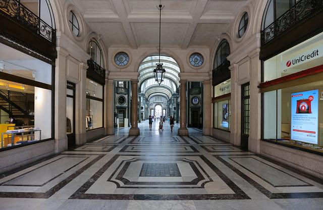 Turin: Galleria San Federico