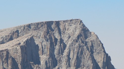 0634 Zoomed-in view of the summit hut on Mount Whitney from the Summit of Mount Langley | by _JFR_