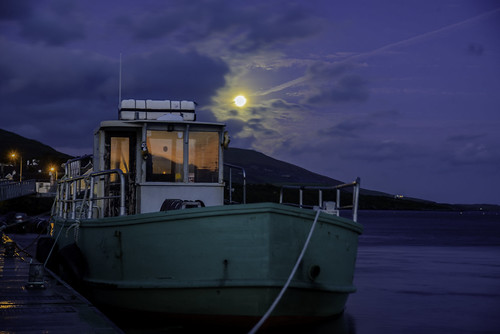 ireland moon reflection night sunrise boat blues knightstown valenciaisland
