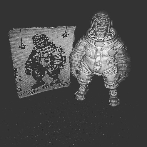 One small step for #resin , one giant leap for @thedanielyu . Space Walking Dead. #TomKhayos #ToyGameScroogeMcDuck #RagingNerdgasm #arttoys #toyart #minifigures #customtoys #moon #moonwalker #space | by Raging Nerdgasm