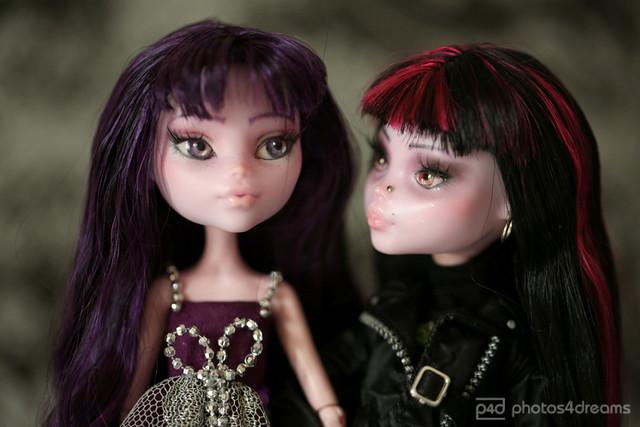 elysabetha & lauretta / sister-love