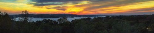 sunset clouds glow lake lakeozark lakeoftheozarks ozarks camdencounty missouri mo pano panorama landscape scene scenery water evening fall october2016 stevefrazierphotgraphy orange red yellow blue silhouette beautiful waterscape