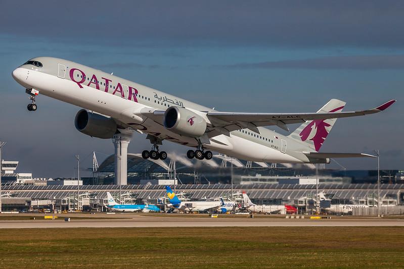 A7-ALC Qatar Airways Airbus A350-941