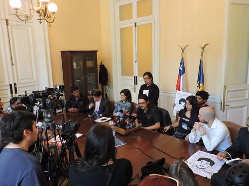 Diputados y víctimas emplazan al Gobierno a poner fin a #JusticiaMilitar
