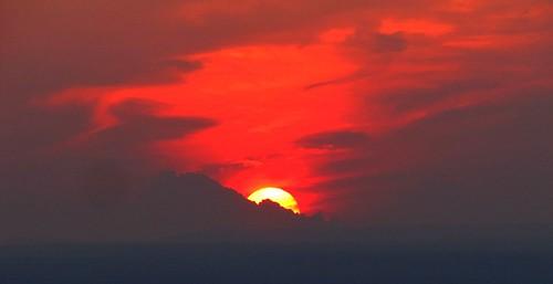 sunset sun clouds colorado dusk smoke montrosecolorado