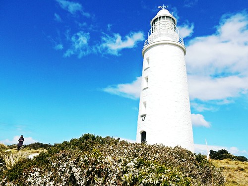 Lighthouse in Bruny island - Tasmania - Australia | by pacoalfonso
