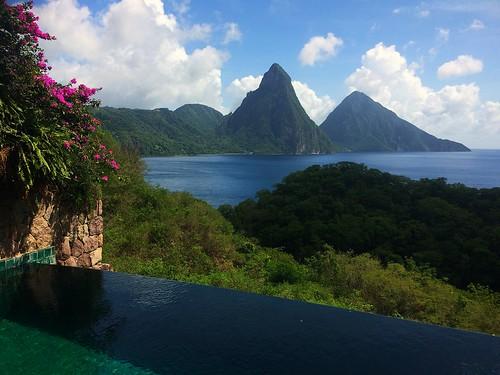 hotel caribbean luxury jademountain pitons saintlucia