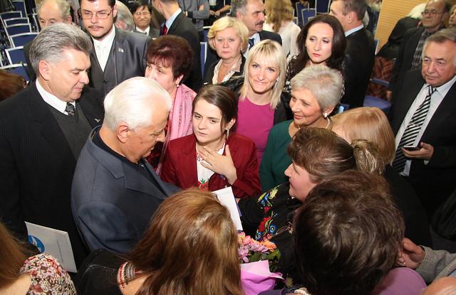 Ukraine-2016-10-21-Ukrainians Discuss Building a Culture of Peace