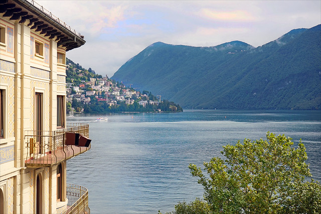 Le lac de Lugano (Suisse)