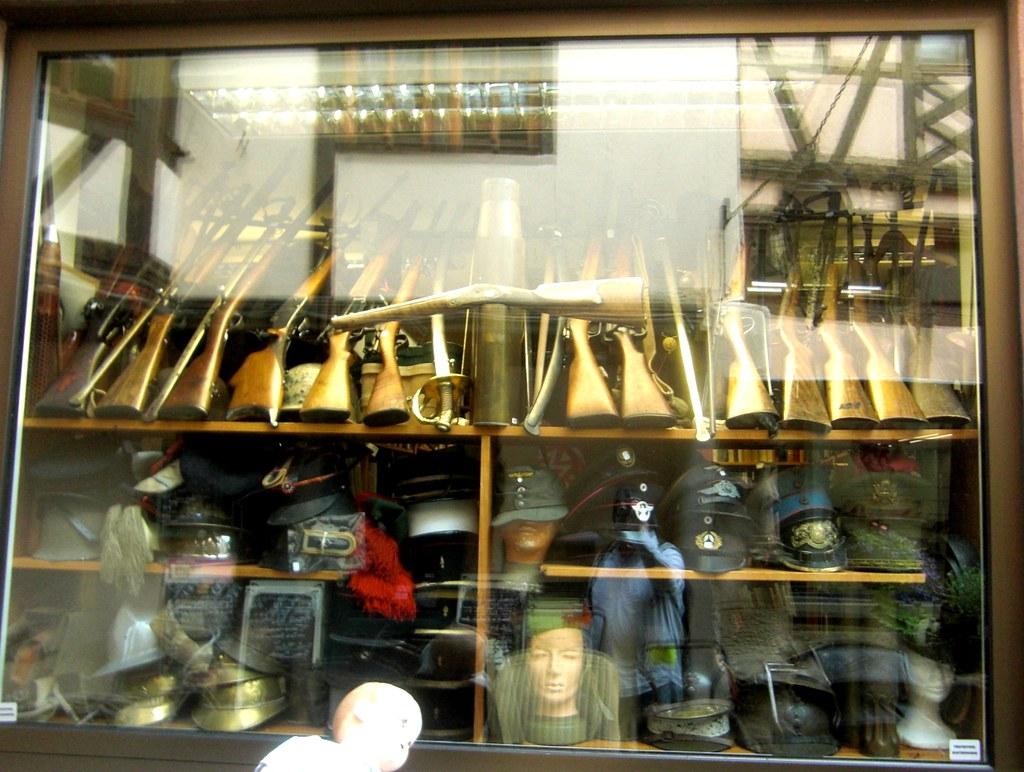 2015 - Obernai - Elsass - Militaria Shop | Some people need … | Flickr
