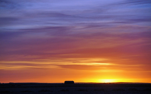 sunset sky color farmhouse landscape iceland vastness ringroad