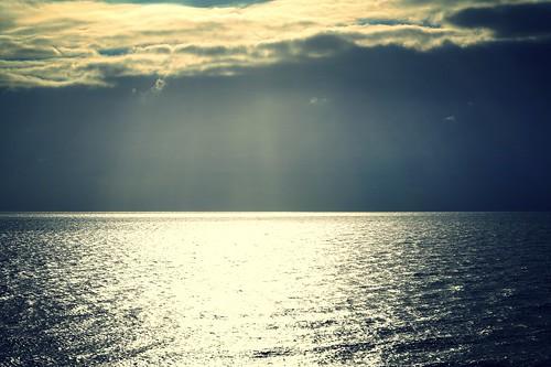 sun rays sea clouds coast bournemouth weather dorset uk colour december 2016 stevemaskell seascape sky vista