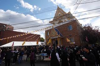 タイ寺院のお祭り Elmhurst   by lulun & kame