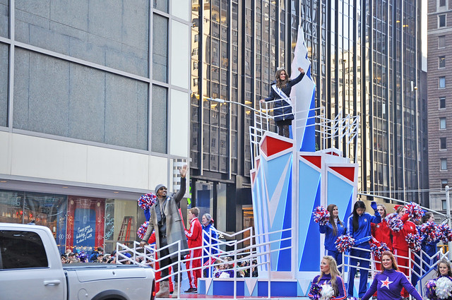 Miss America 2016 Betty Cantrell- Macy's 2015 Thanksgiving Day Parade