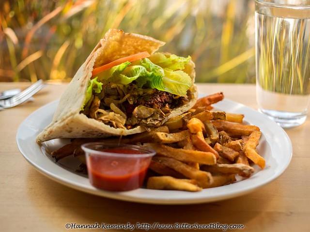 Burger in a Pita