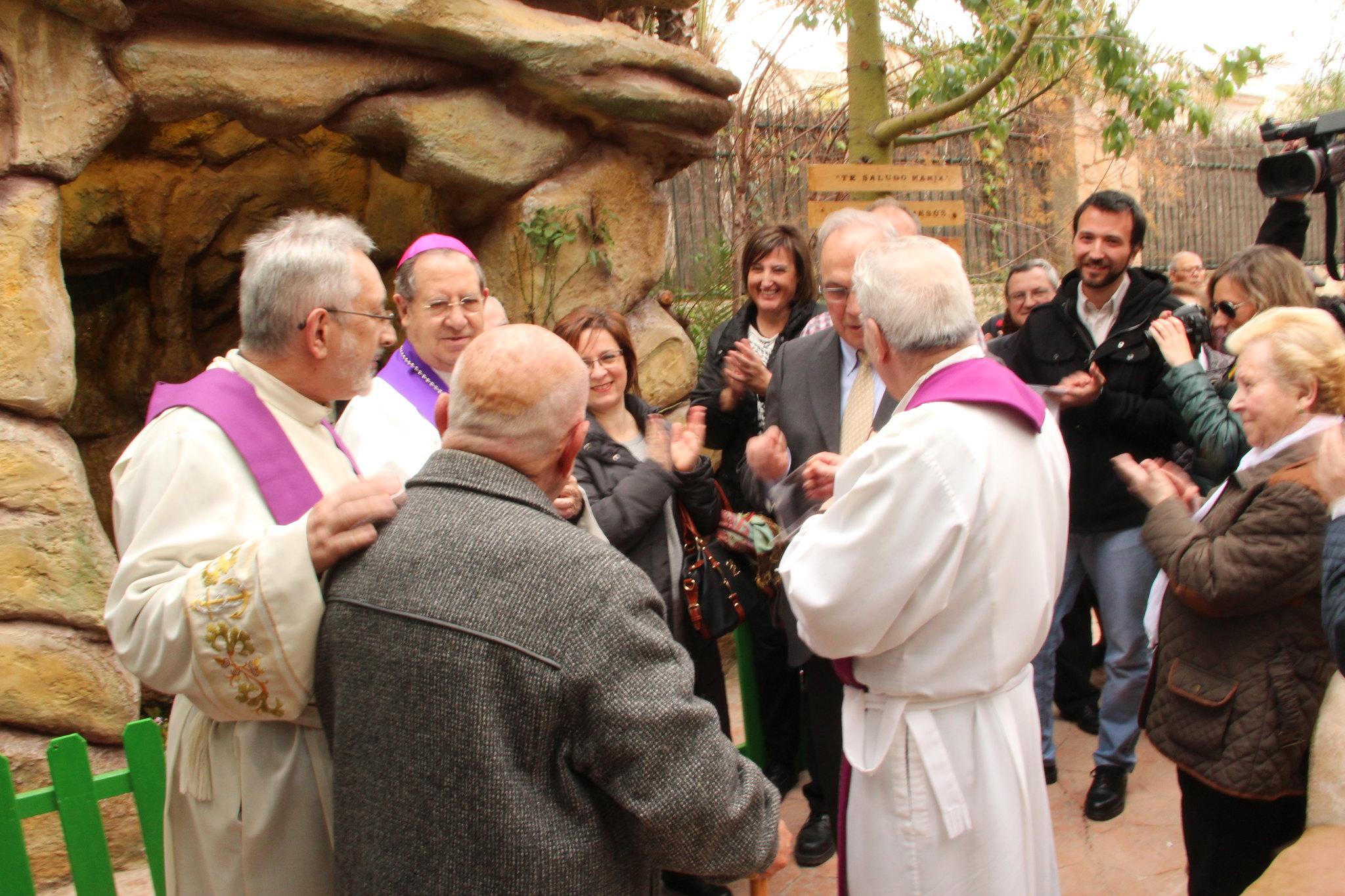 (2016-02-13) - Inauguración Virgen De Lourdes, La Molineta - Archivo La Molineta (087)