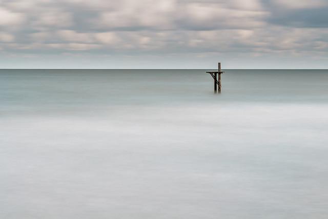 Diving platform abandoned for winter