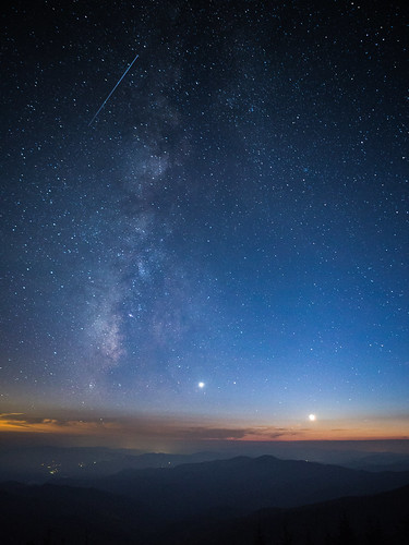 greatsmokymountainsnationalpark milkyway nps nationalpark nationalparkservice northcarolina smokymountains clouds crecentmoon foothills landscape longexposure moon mountains natural nature night overlook planet satellite sky space stars venus brysoncity unitedstates us