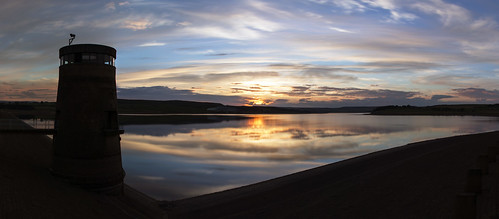 sunset england sky panorama cloud sun reflection water rural skyscape countryside long exposure dam derwent tripod cctv reservoir northumberland website countydurham derwentreservoir canonef24105mmf4lisusm 10stop canon5dmkiii