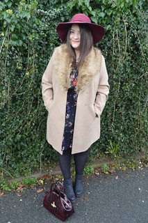 1970s St Davids outfit post